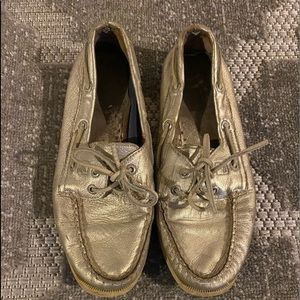 Sperry Platinum metallic boat shoes Women's 7 used